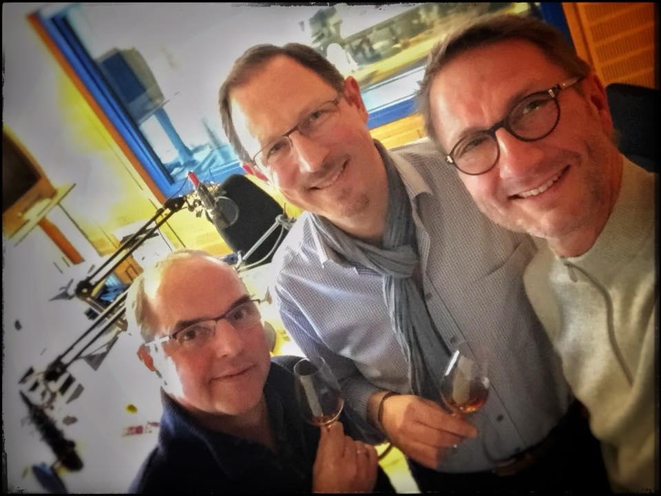 Entspannter Blick im Studio nach der Aufnahme:  Helmut Gote, Peer F. Holm und Uwe Schulz (v.l.n.r.)