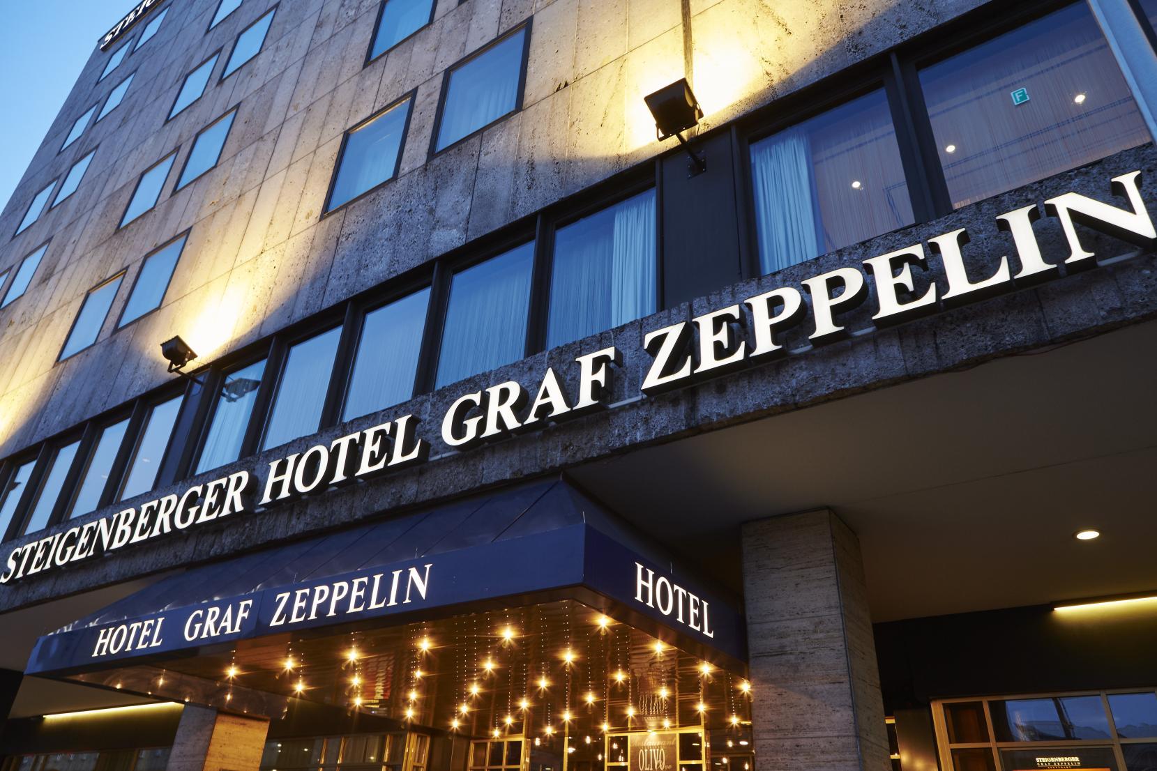 012_SHR_Stuttgart_Steigenberger Graf Zeppelin_Hotel_Au+ãÆenansicht_Eingang_CBP-01