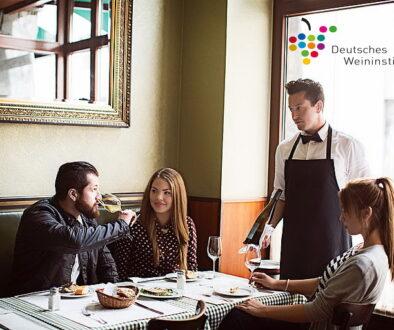 DWI Weingeniesser_im_Restaurant__4__6637de4c4b