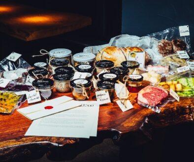 Grund-Kiste-Tisch-voll
